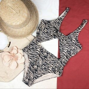 NWT Hollister One Piece Cutout Swimsuit
